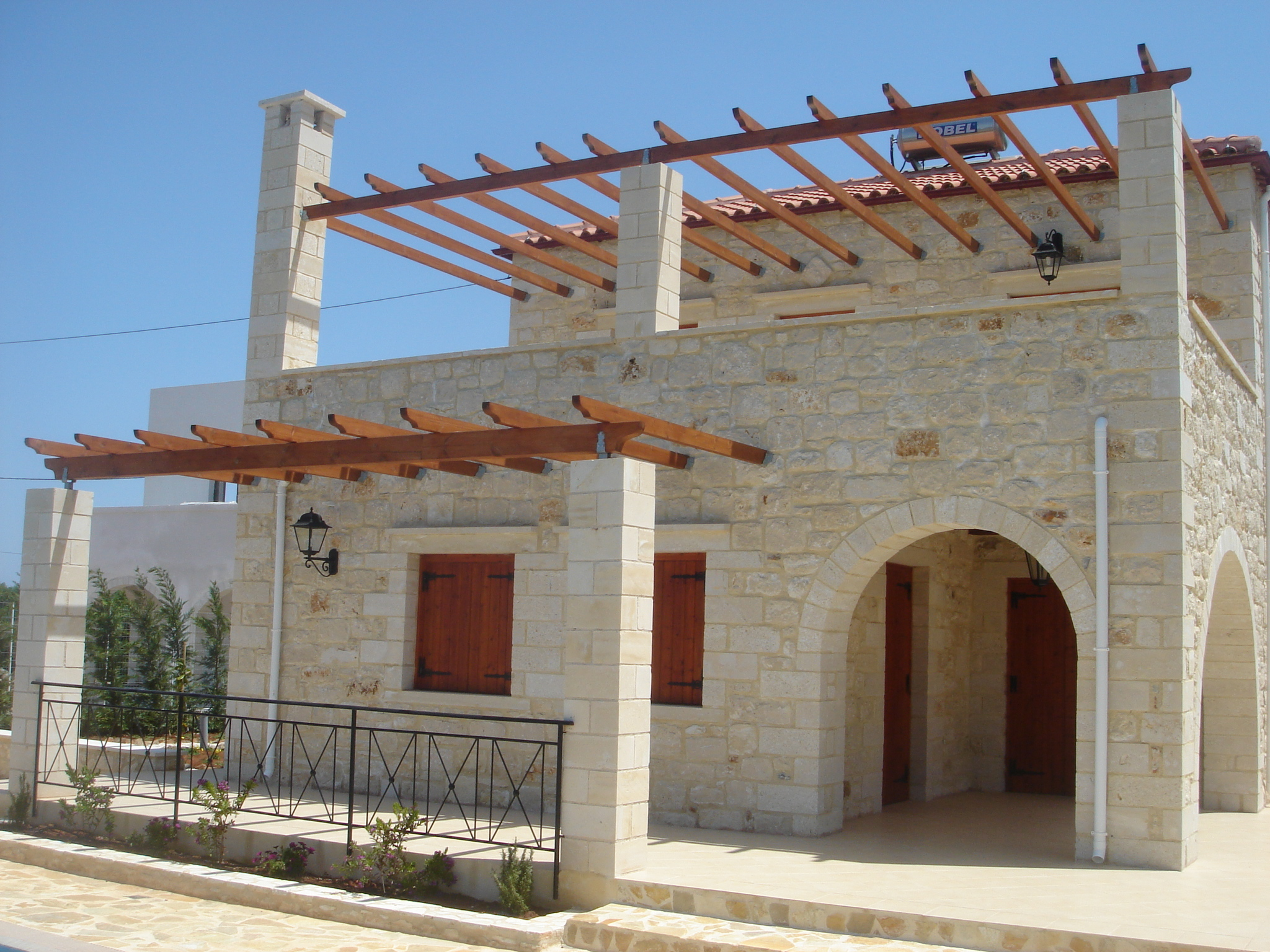 Building styles traditional cretan homes stone for Home construction styles