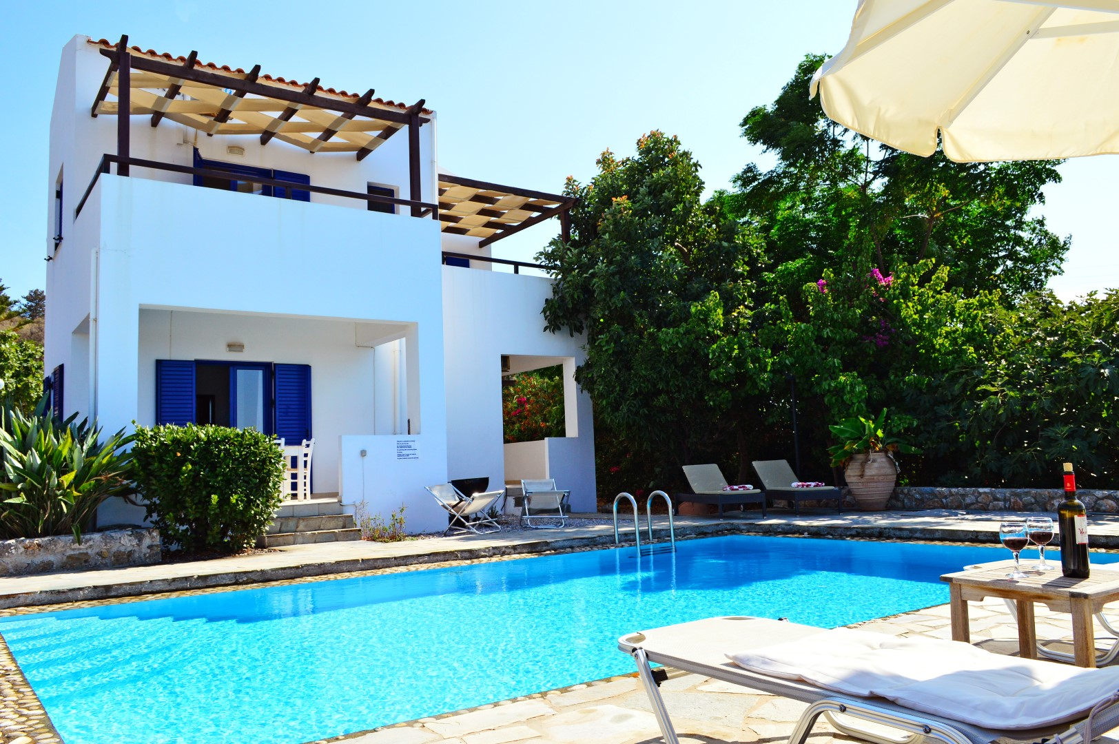 Crete chania new resale property estate agent sales greece for Modern house estate agents